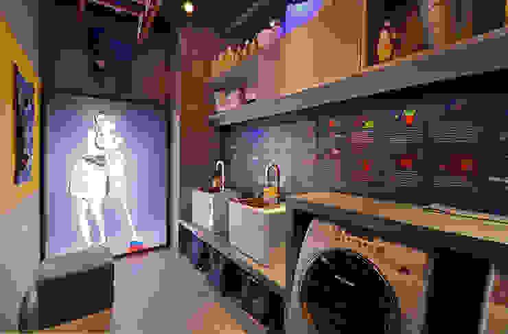 Phòng tắm phong cách hiện đại bởi ARQUITETURA - Camila Fleck Hiện đại