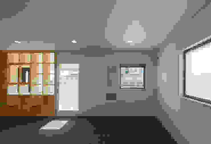 萱方の住宅 モダンデザインの 書斎 の 山口修建築設計事務所 モダン
