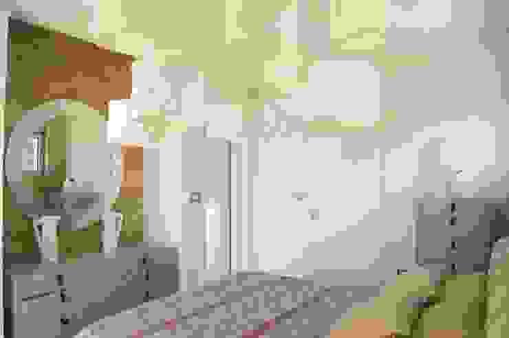 спальня Спальня в стиле минимализм от VNUTRI Минимализм