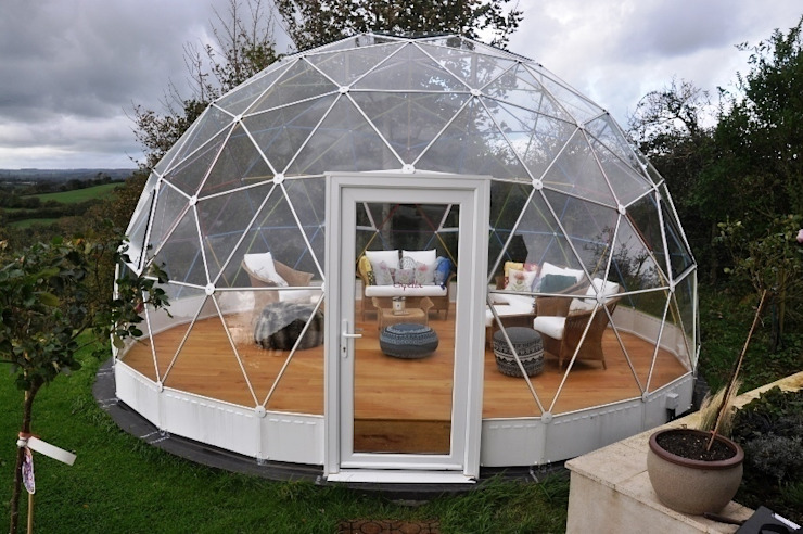 SOLARDOME Retreat Modern garden by Solardome Industries Limited Modern