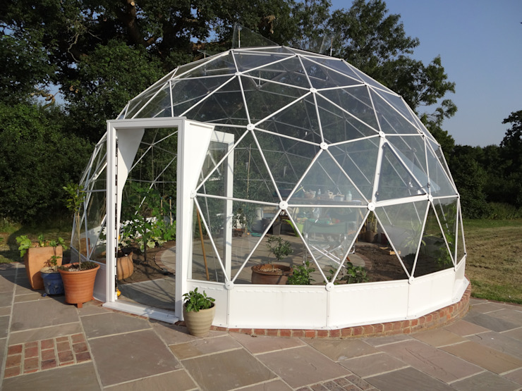 SOLARDOME Retreat Mediterranean style garden by Solardome Industries Limited Mediterranean