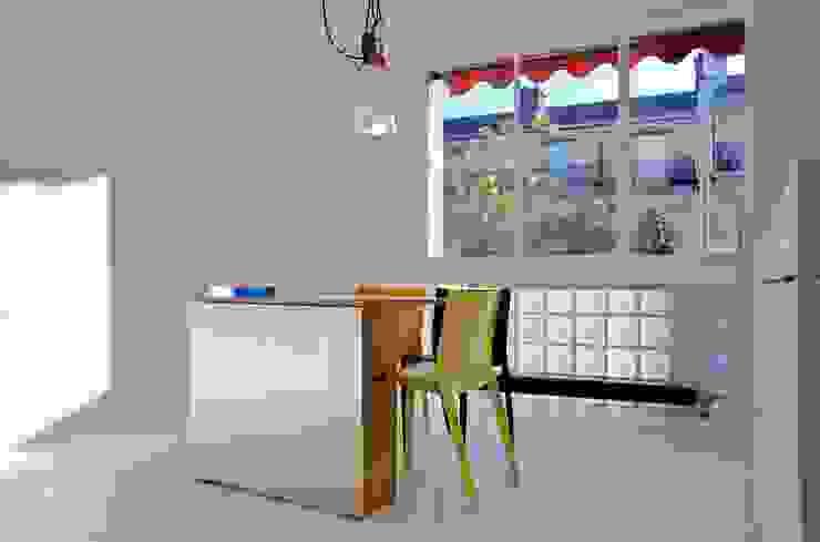 Appartement Manin au Buttes Chaumont Cuisine originale par Ramsés Salazar Architecte Éclectique