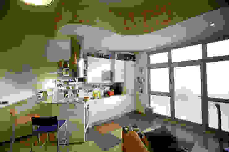 Modern Kitchen by Simone Grazzini Modern