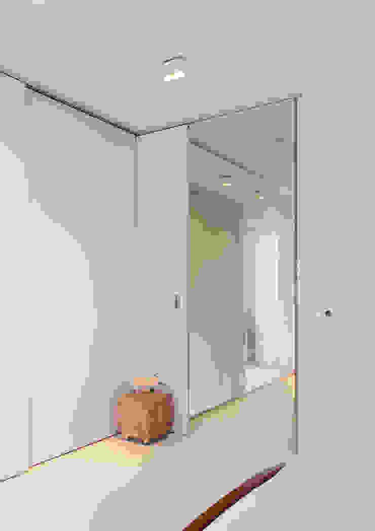Dormitorios de estilo moderno de BO6 Moderno