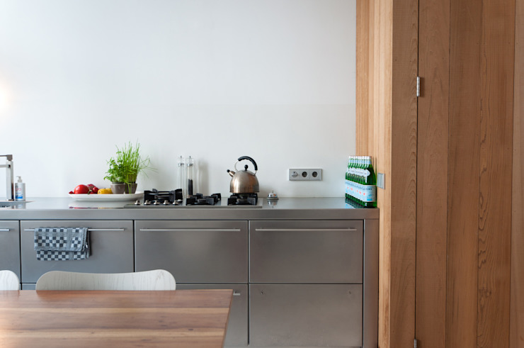 Cocinas de estilo moderno de BO6 Moderno