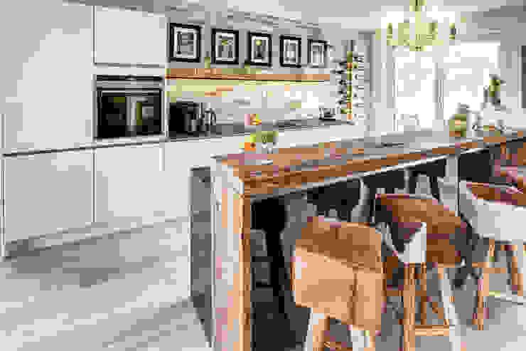 Dapur oleh ZABOROWSKI ** Kreativer Innenausbau, Modern