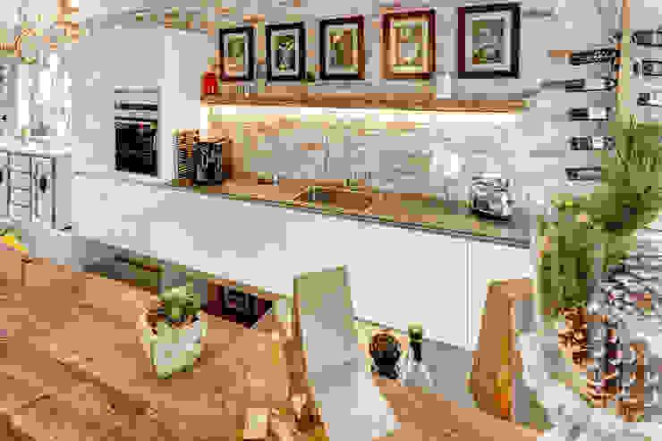 Kitchen by ZABOROWSKI ** Kreativer Innenausbau, Modern