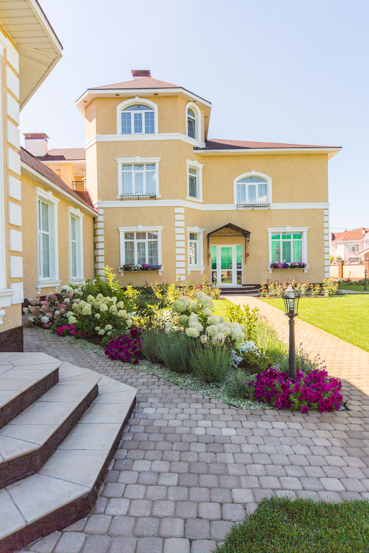 Eclectic style houses by Дизайн мастерская Елены Тимченко Eclectic