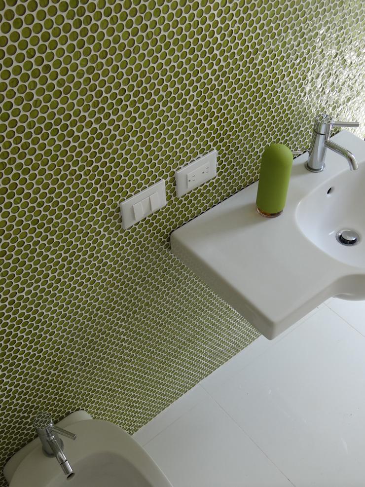Luxury Sustainable Home | Santa Ana Costa Rica Aroma Italiano Eco Design Modern bathroom Glass Green