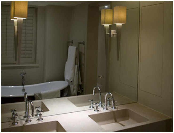 Double vanity unit Minimalist bathroom by PAD ARCHITECTS Minimalist