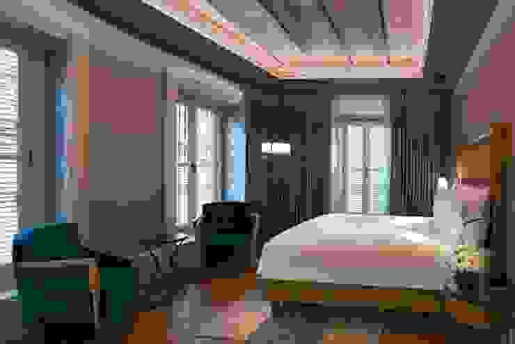 Oak & Wenge Hungarian (French Herringbone) Parquet ŞERİFOĞLU PARKE Modern hotels