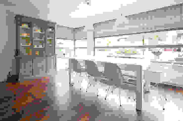 Interieuradvies benedenverdieping Moderne keukens van Mood Interieur Modern