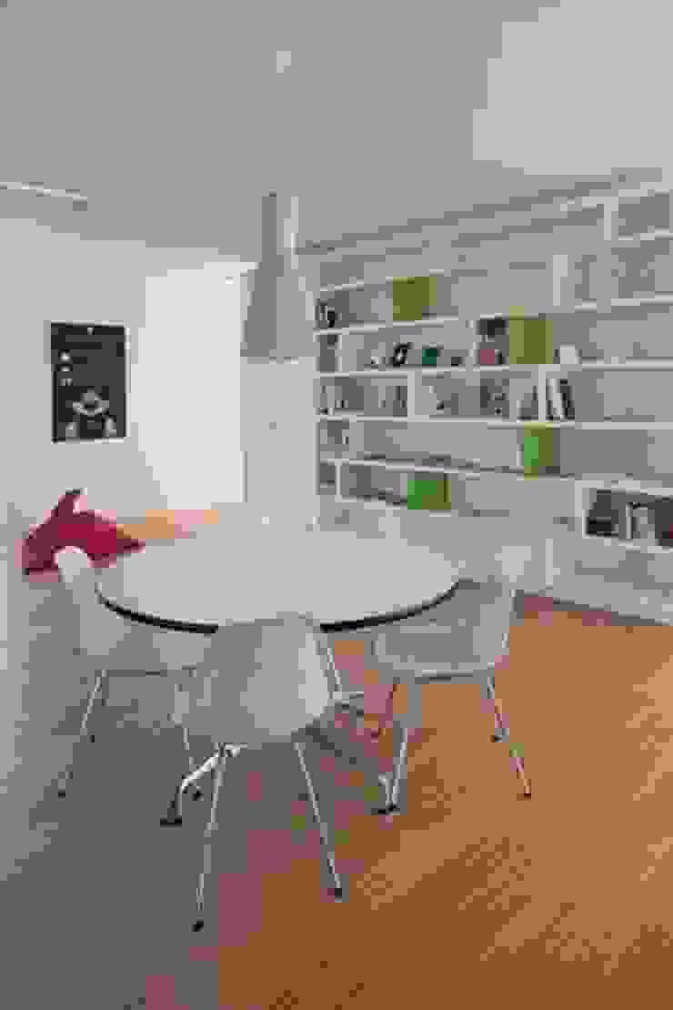 Oficinas y bibliotecas de estilo moderno de hasa architecten bvba Moderno