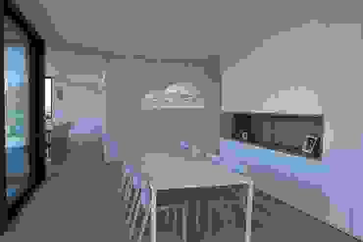Modern Dining Room by hasa architecten bvba Modern