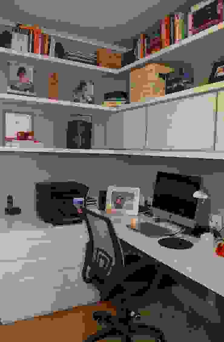 Home office Escritórios modernos por Compondo Arquitetura Moderno