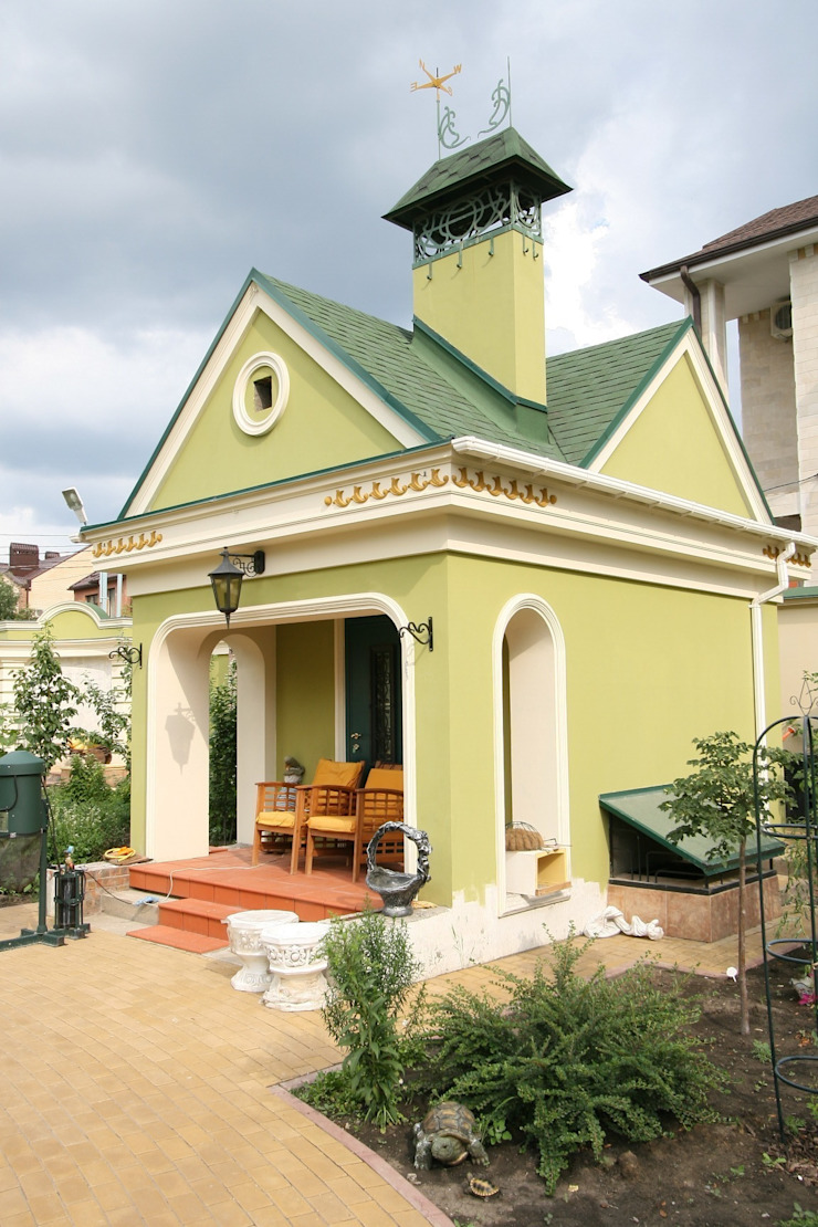 Садовый домик. На территории архитектурного комплекса. Дома в классическом стиле от Наталья Дубовая Charman-design Классический