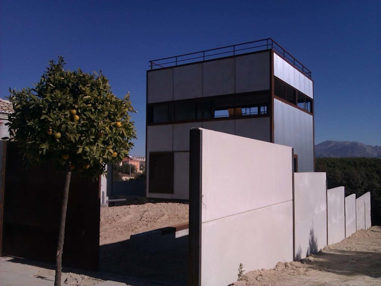 casa MADRID (la morada de un psicólogo) Casas de estilo moderno de Alejandro Ramos Alvelo / arquitecto Moderno
