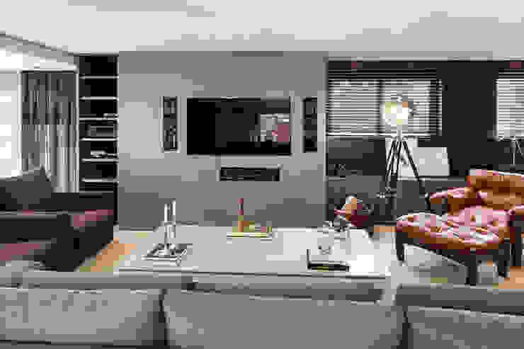 Cobertura Bela Vista, Porto Alegre, RS. Salas multimídia modernas por arquitetura7 Moderno