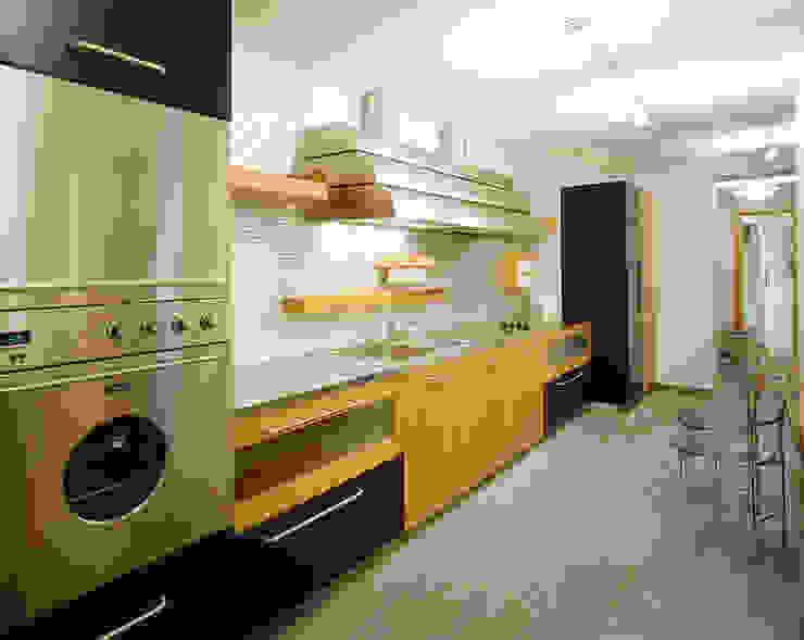 Балтийские дюны Кухня в стиле минимализм от Studio B&L Минимализм