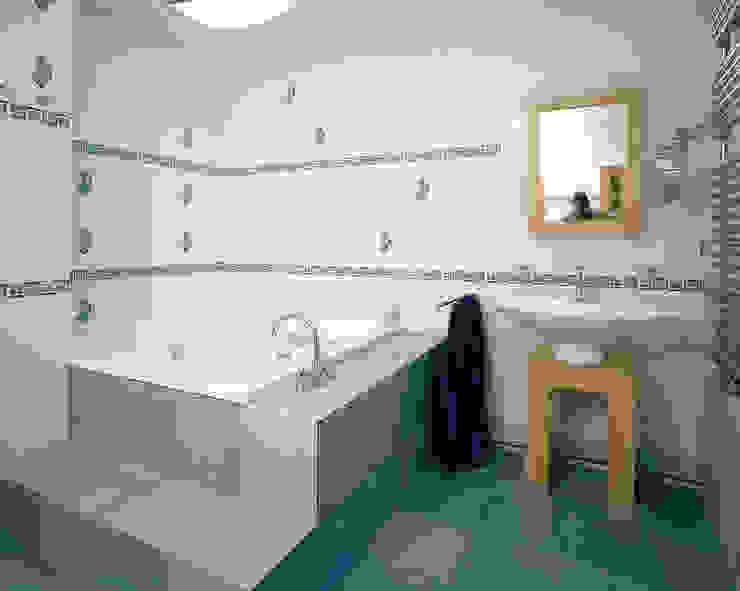 Балтийские дюны Ванная комната в стиле минимализм от Studio B&L Минимализм