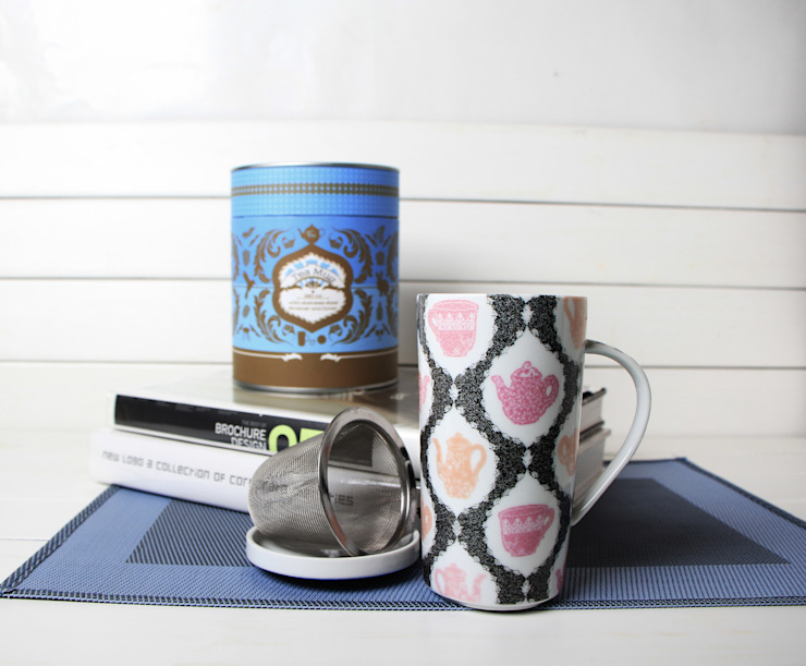 Kubek porcelanowy w puszce, 350ml z zaparzaczem Czajniczki Czarno-Różowe od Silly Design - prezentowa porcelana Klasyczny
