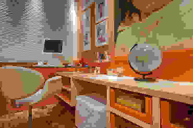 dormitório de menina por arquiteta aclaene de mello Moderno