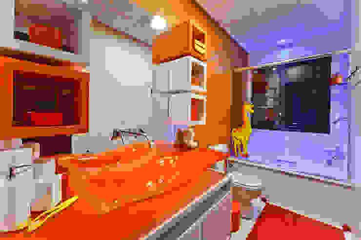 banheiro de menina Banheiros modernos por arquiteta aclaene de mello Moderno