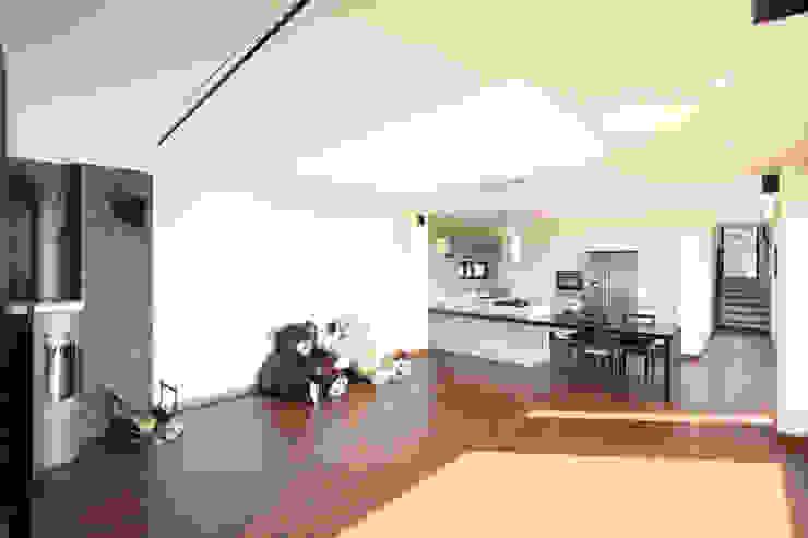 탁트인 거실 모던스타일 거실 by 주택설계전문 디자인그룹 홈스타일토토 모던
