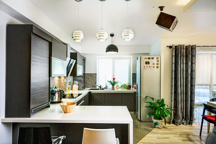 Проект 3х комнатной квартиры-студии 95 м² Кухня в стиле минимализм от SAZONOVA group Минимализм