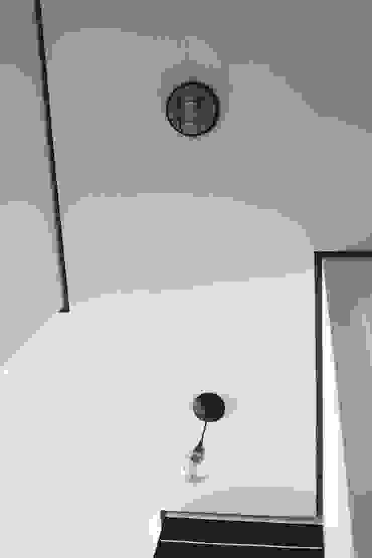 SAZONOVA group Corridor, hallway & stairsLighting