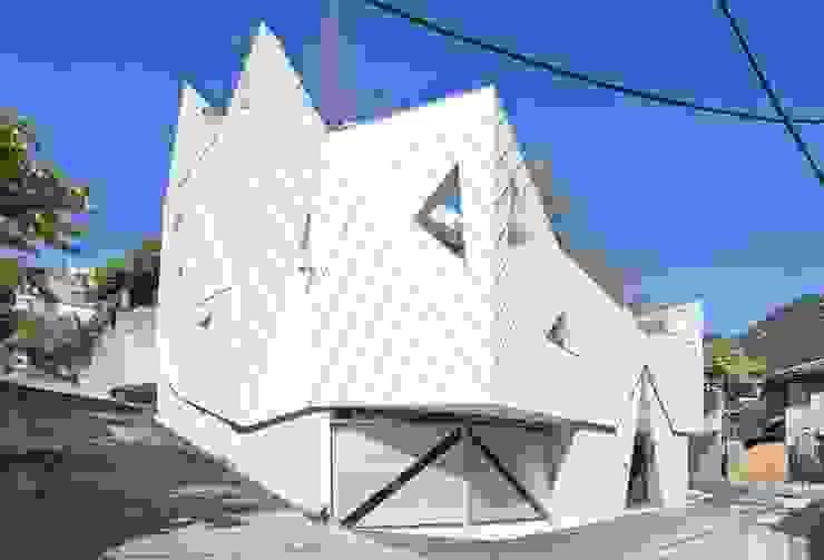 IROJE KIMHYOMAN Rumah Modern