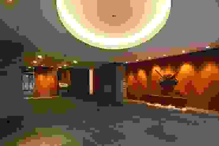 Park Tower Yachiyo Midorigaoka の 窪田建築都市研究所 有限会社