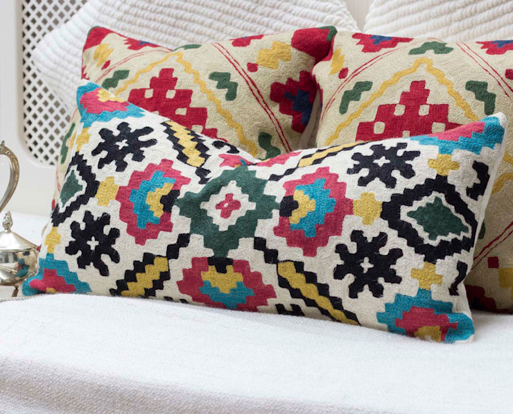 Crewel Decorative Pillow Geometric: eclectic  by DesignRaaga, Eclectic