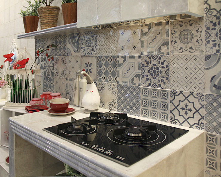 Milano Decor Antiqua Cocinas de estilo rústico de INTERAZULEJO Rústico