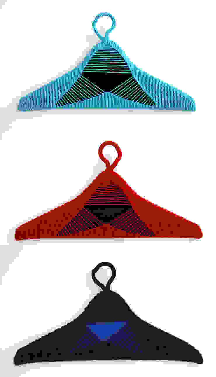 cloth hangers de Studio Petra Vonk Moderno