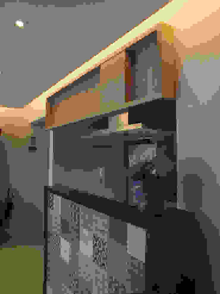 Cozinha integrada com sala Salas de estar clássicas por Arketing Identidade e Ambiente Clássico