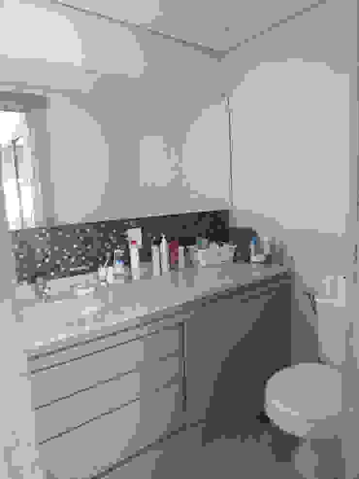 Suite casal Banheiros clássicos por Arketing Identidade e Ambiente Clássico