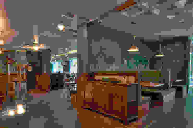 Пивной ресторан «One More Pub» от Circus Delight