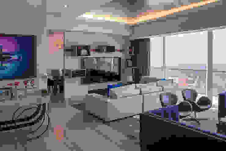 Modern living room by kababie arquitectos Modern