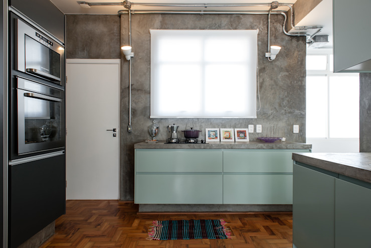 PM Arquitetura Industrial style kitchen