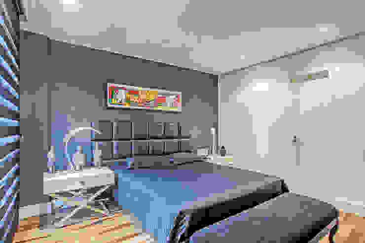 Apartamento masculino em Curitiba Quartos modernos por Evviva Bertolini Moderno