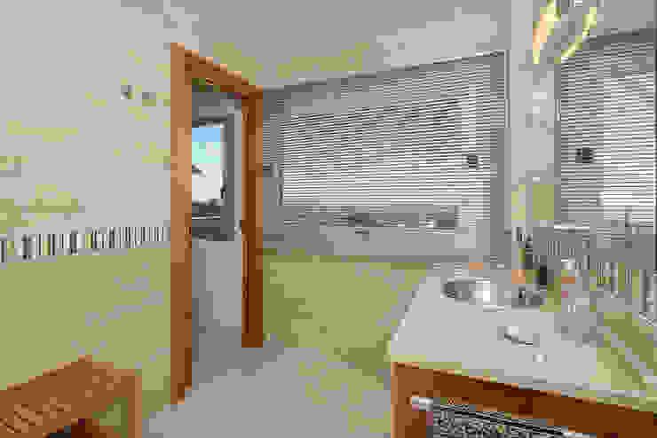 Baño con vista Baños de estilo moderno de Per Hansen Moderno