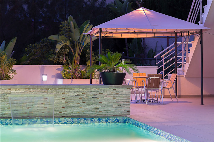 patio y piscina Piscinas de estilo moderno de Per Hansen Moderno