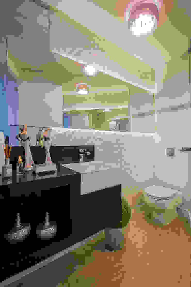 Evviva Bertolini Rustic style bathroom
