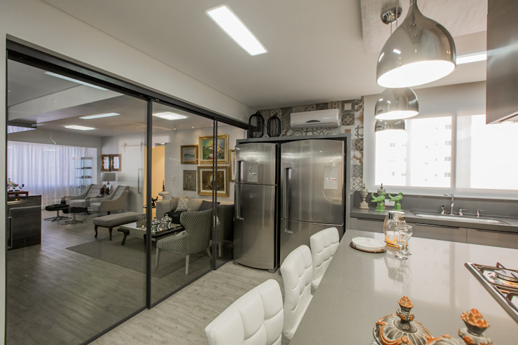 Apartamento em Cascavel Cozinhas modernas por Evviva Bertolini Moderno