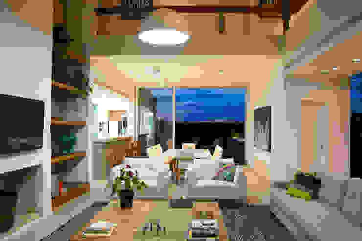 SBARDELOTTO ARQUITETURA Livings de estilo moderno