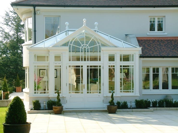 Hardwood Conservatory Classic style conservatory by Hampton Windows Classic