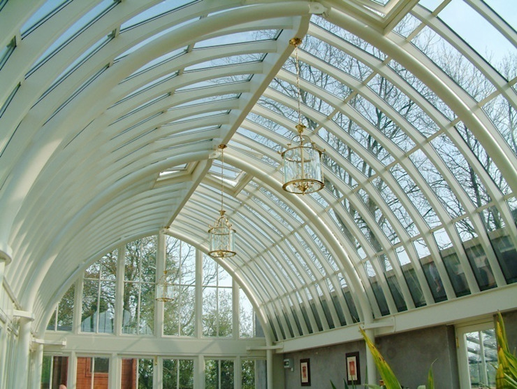 Hardwood Conservatory Anexos de estilo clásico de Hampton Windows Clásico
