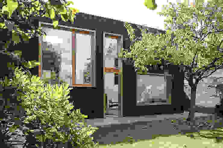 TRANCHE Maisons scandinaves par bertin bichet architectes Scandinave