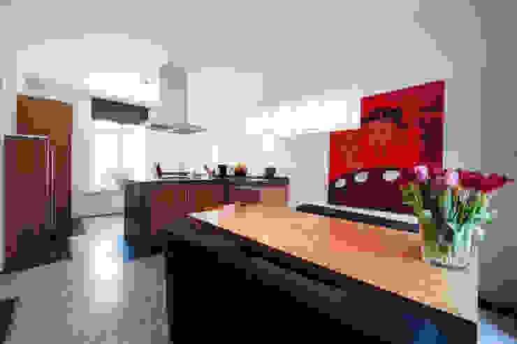 Begeleiden verbouwing, interieur-voorstel en levering van de meubels Moderne keukens van Mood Interieur Modern